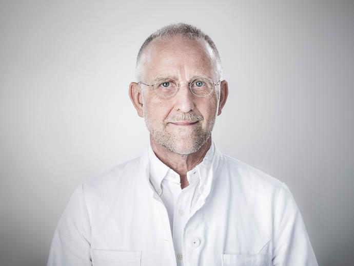 Dr. Wilfried Stücker